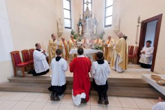 Vrchol mše svaté ke 100. jubileu kostela