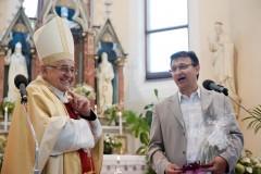 Poděkování farníků kardinálu Miloslavu Vlkovi